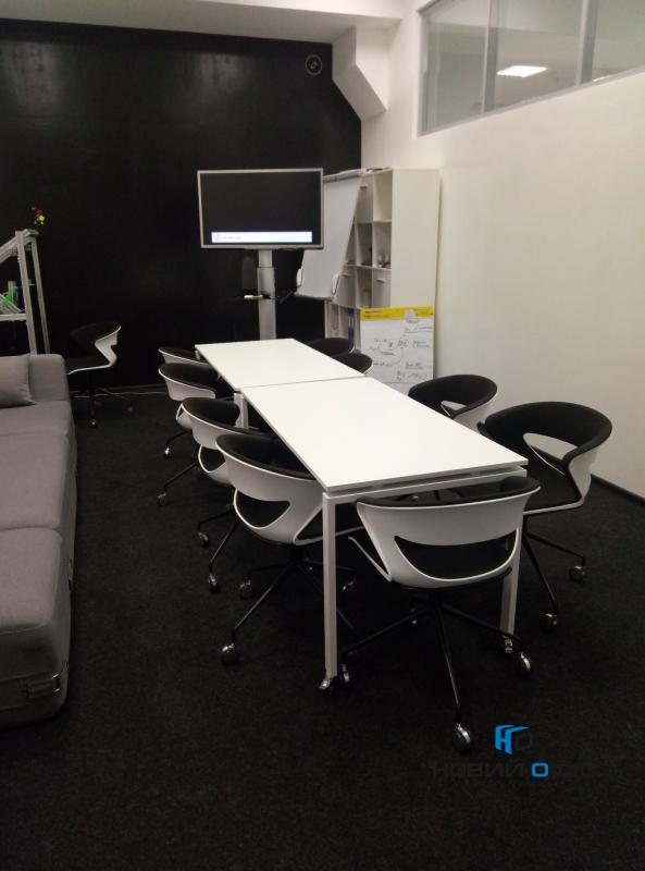 Стіл офісний мобільний 140х75х70 kdr-140 | Фото - 6